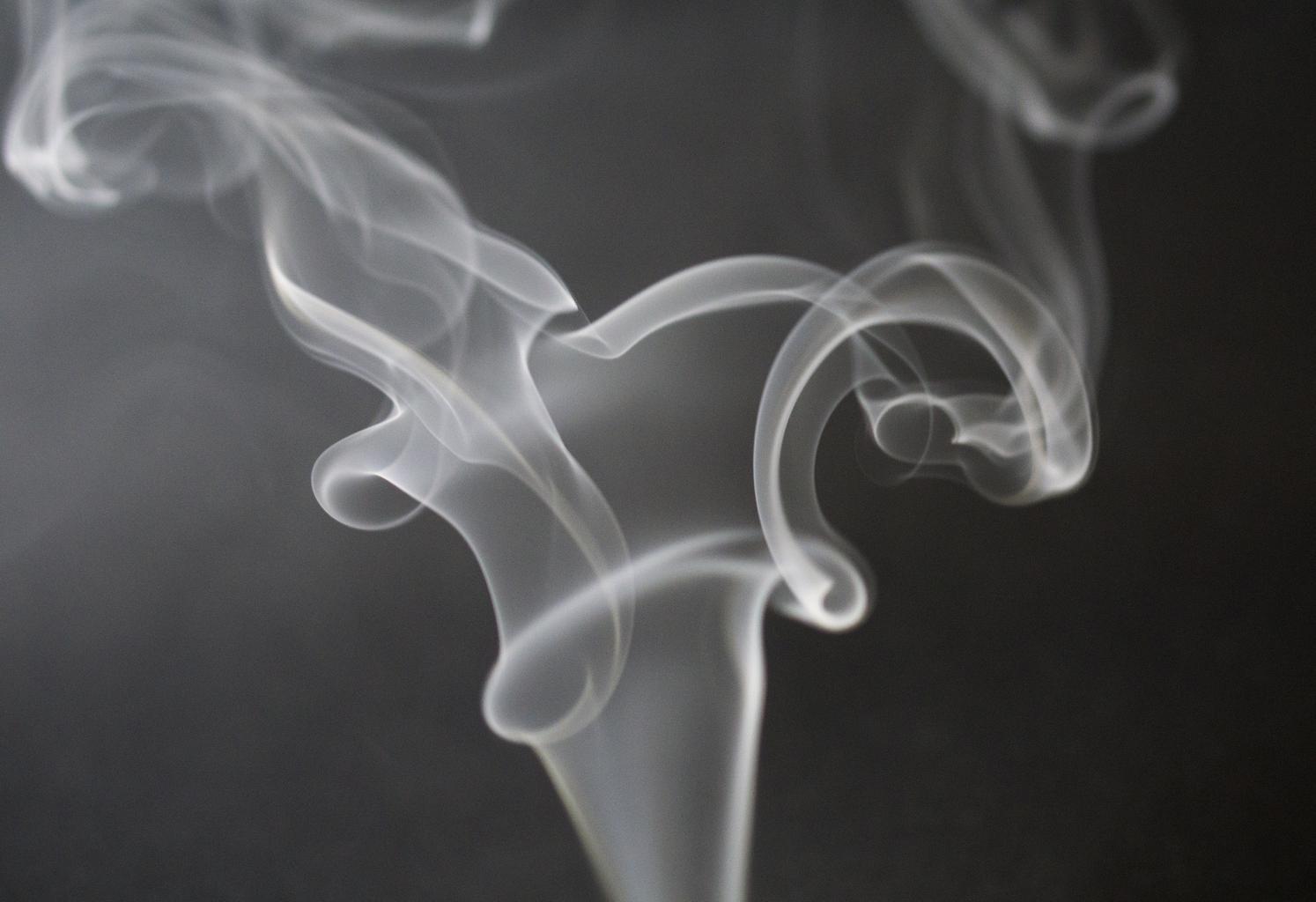 dym z cigariet