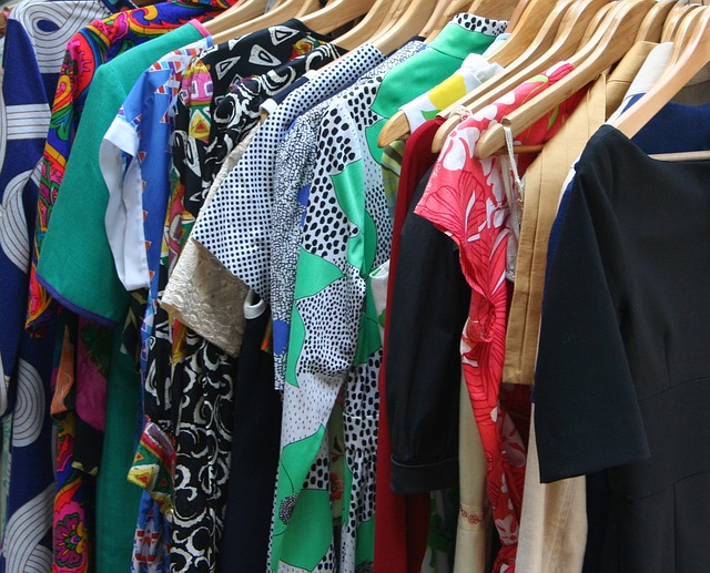 barevné oblečení