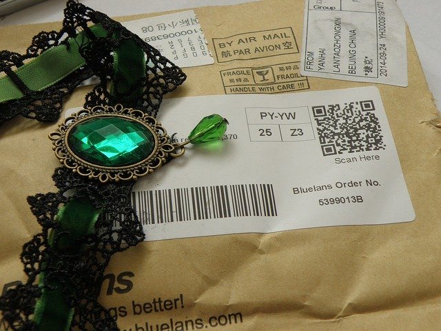 necklace-702273_640